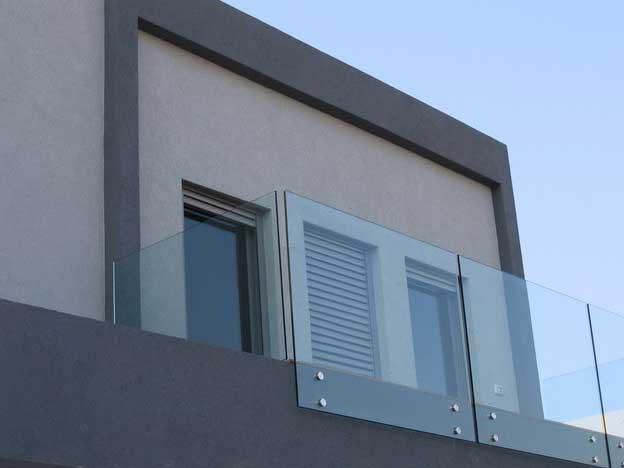 Miranda aluminios carpinter a met lica - Barandillas de cristal ...